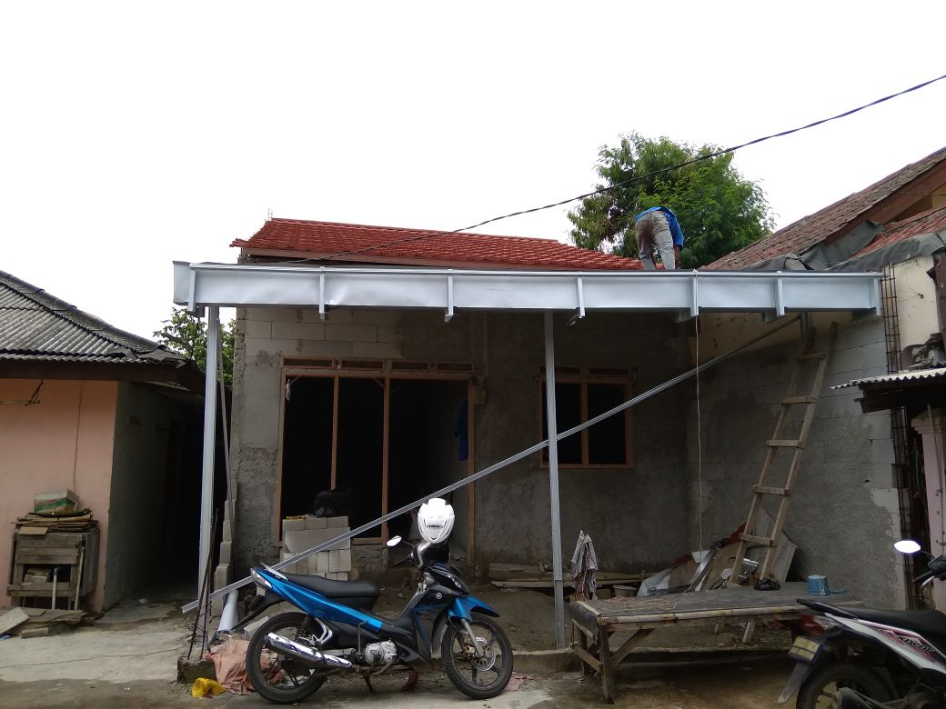 Canopy Baja Ringan Dan Genteng Metal Berpasir Dadap Tangerang